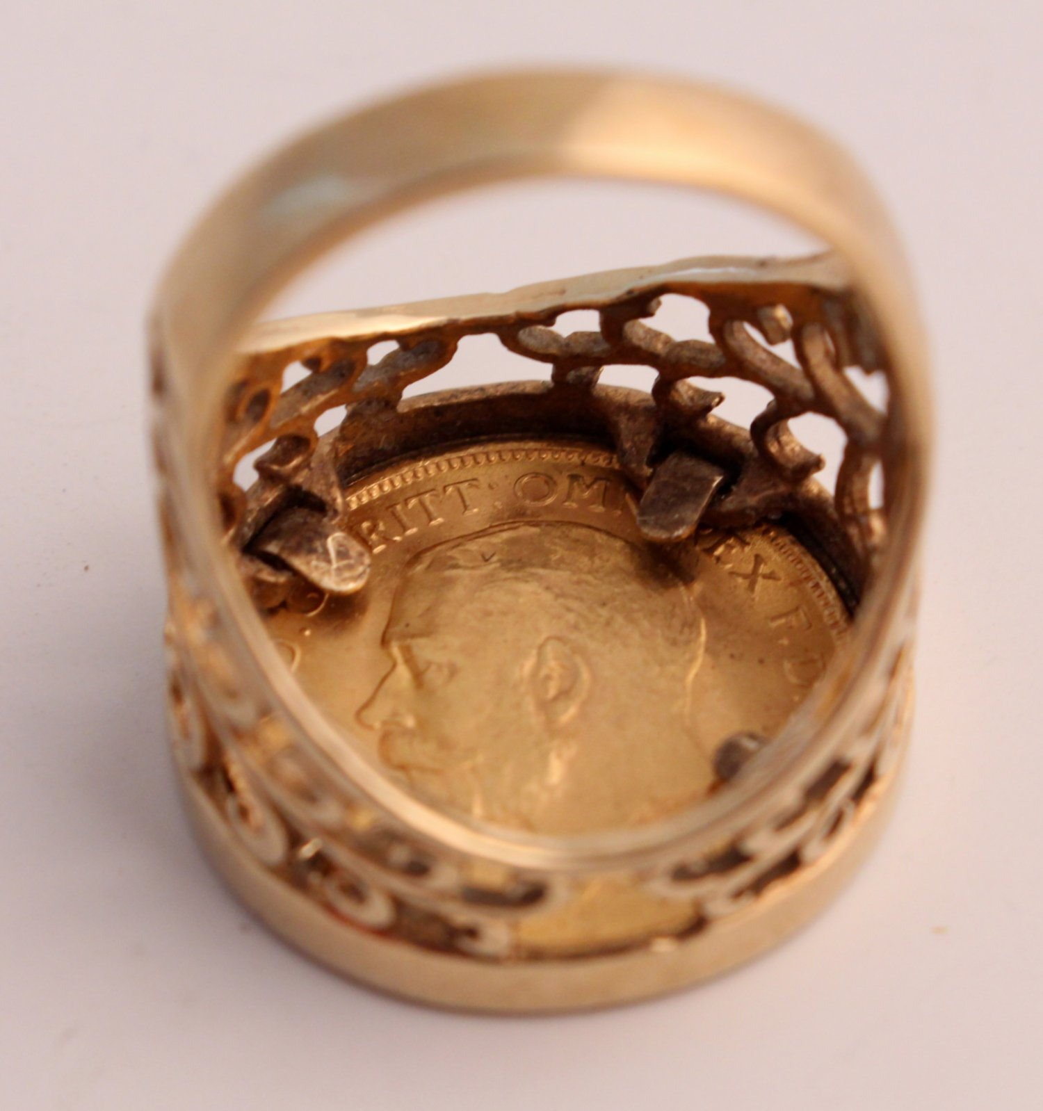 1911 George V 22ct Gold Half Sovereign In 9ct Gold Ring Size O 1 2 Ian Burton Antique Clocks